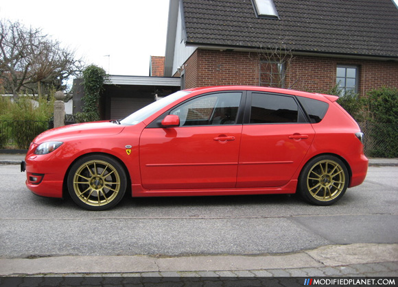 car photo true red 2007 mazda mazdaspeed 3 18x8 oz racing. Black Bedroom Furniture Sets. Home Design Ideas
