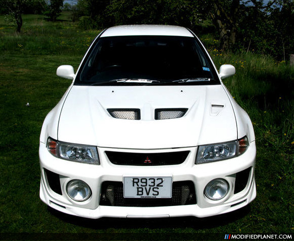 Car Photo White Mitsubishi Lancer Evolution V Evo