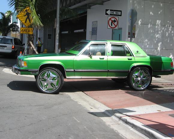 1989 Mercury Grand Marquis Donk With 26 Dub Esinem Wheels