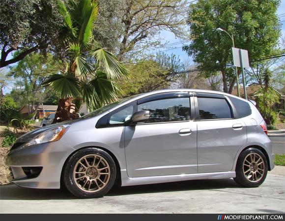 2009 Honda Fit With 16 Quot X 7 Quot A Tech Final Speed Gear R Wheels
