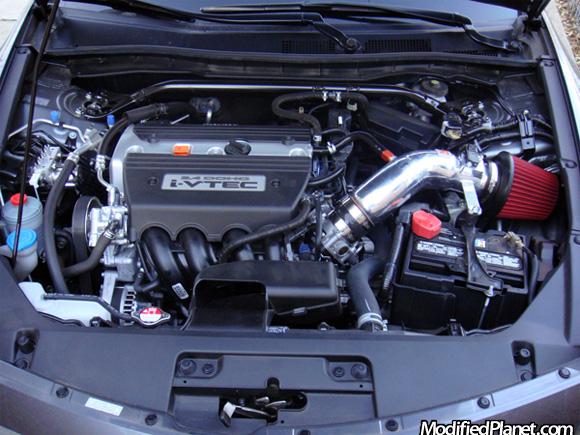 2008 Honda Accord With Fujita F5 Short Ram Air Intake