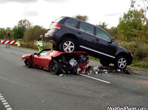2006 Volkswagen Touareg And 2010 Tesla Roadster Car Crash