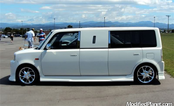 2006 scion xb limousine with chrome wheels. Black Bedroom Furniture Sets. Home Design Ideas