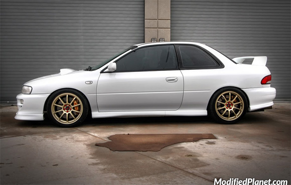 car-photo-1998-subaru-impreza-2-5rs-gold-17x7-5-rota-g-force-wheels