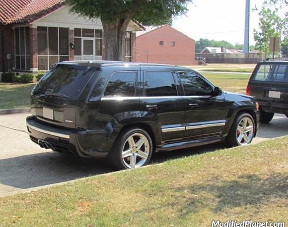 car-photo-2008-jeep-grand-cherokee-srt8-blacked-out-smoked-tail-lights