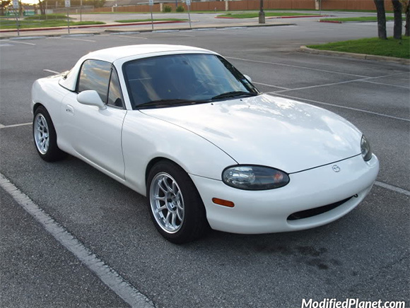 car-photo-1999-mazda-miata-trmotorsports-c1-wheels-15x8-20-offset