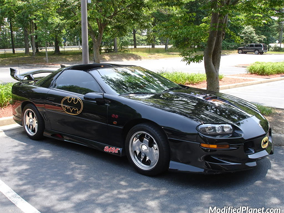car-photo-2000-chevrolet-camaro-batmobile-batman-theme-chrome-wheels