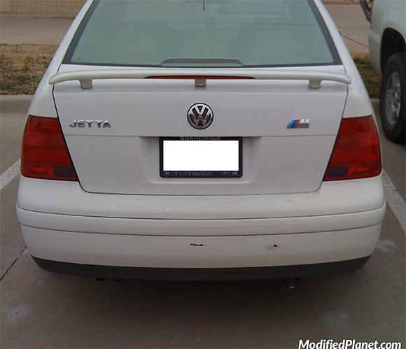 car-photo-2004-volkswagen-jetta-bmw-m-motorsports-emblem-badge-fail