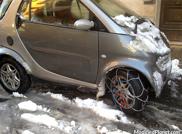 2009 smart fortwo hatchback front tire chains fail for Mercedes benz snow chains