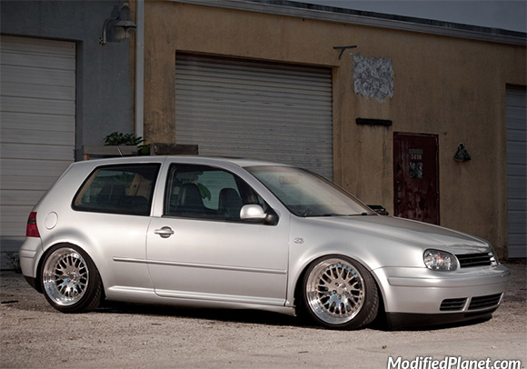 car-photo-2002-volkswagen-gti-17x9-17x9-5-ccw-classic-polished-wheels