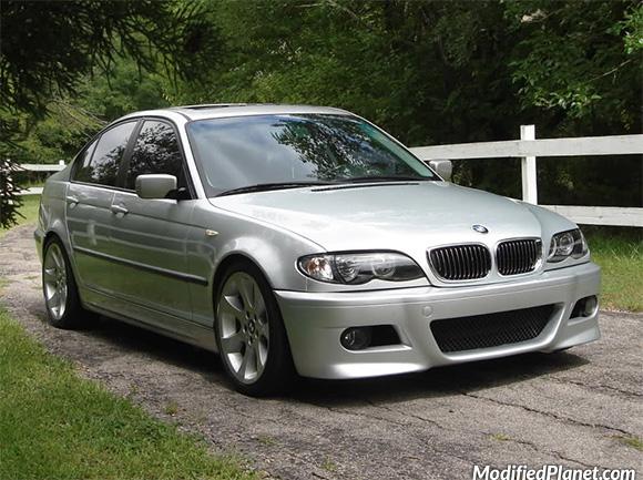car-photo-2004-bmw-325i-sedan-2007-bmw-335i-oem-factory-18x8-18x9-wheels