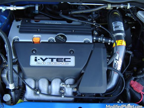 car-photo-2004-honda-civic-si-hatch-aem-v2-air-intake-system