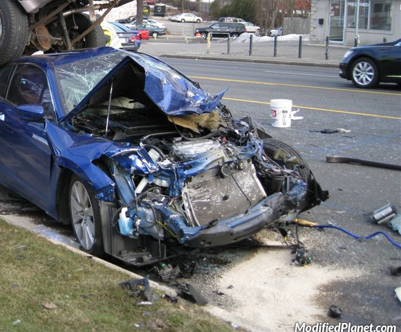 car-photo-2010-honda-accord-coupe-accident-crash