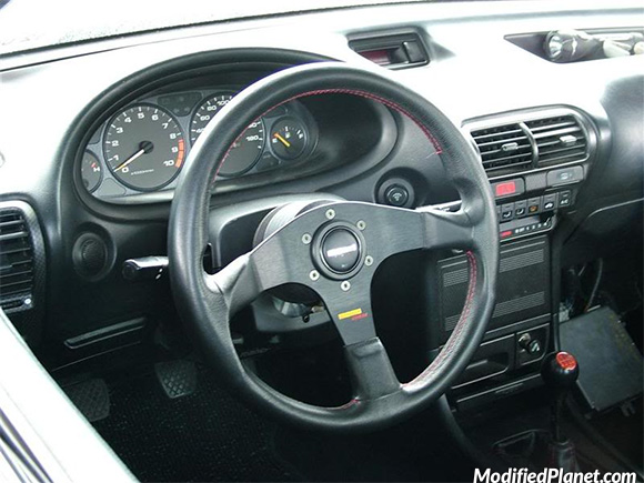 car-photo-1998-acura-integra-rs-momo-corse-steering-wheel-hub
