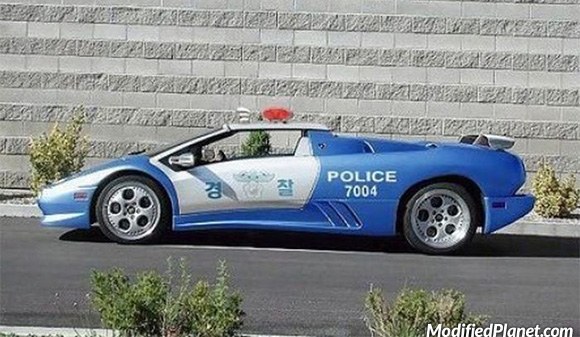 car-photo-1998-lamborghini-diablo-korean-police-car-from-korea