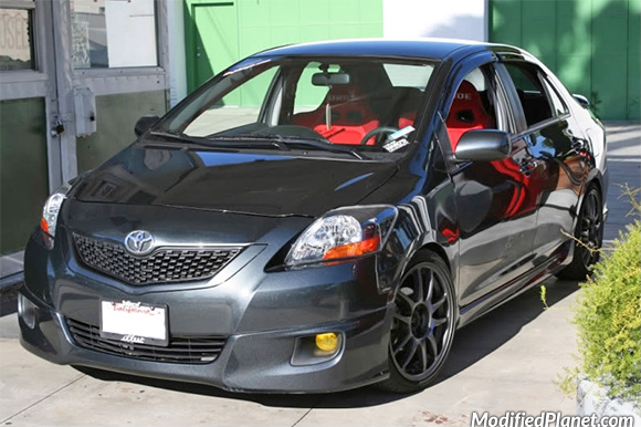 2009 Toyota Yaris S With 17 Quot X 7 Quot Work Emotion Cr Kai Wheels