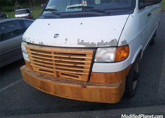 car-photo-2004-dodge-ram-van-front-grill-made-from-wood-fail