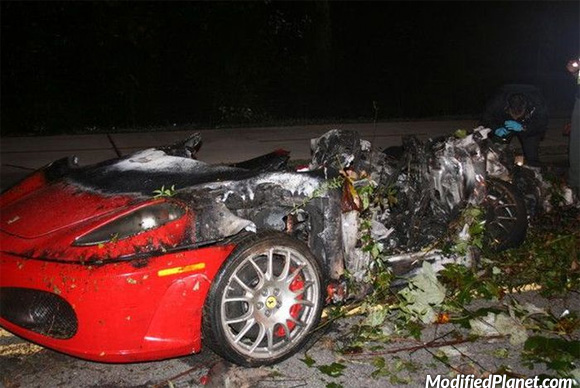car-photo-2004-ferrari-360-challenge-stradale-crash-accident-totaled
