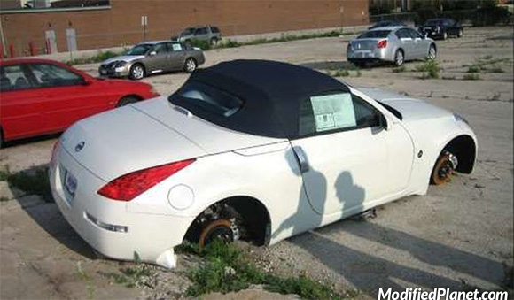 car-photo-2008-nissan-350z-convertible-wheels-rims-stolen