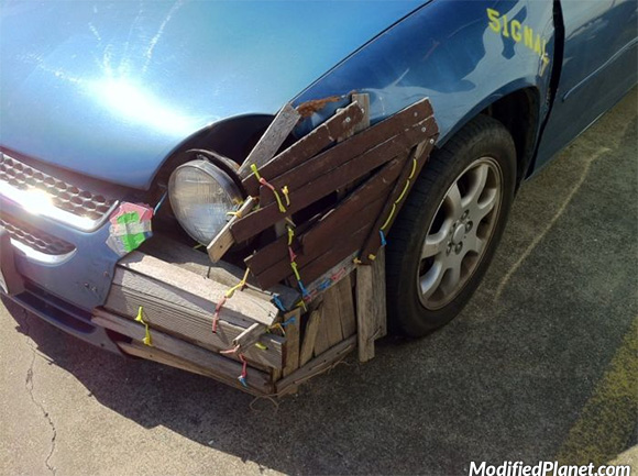 car-photo-2003-dodge-neon-repair-with-wood-zip-ties-fail