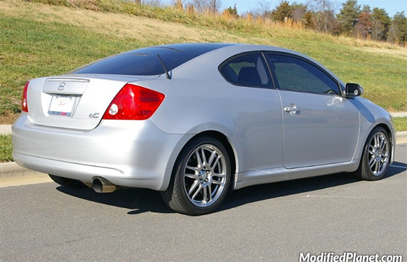car-photo-2005-scion-tc-magnaflow-catback-exhaust-system