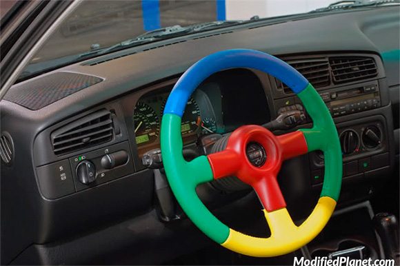 car-photo-1998-volkswagen-jetta-momo-benetton-steering-wheel