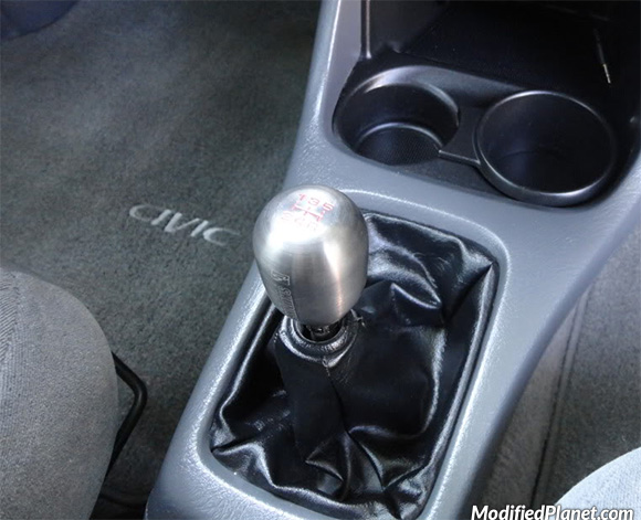 car-photo-2000-honda-civic-ex-coupe-skunk2-skunk-2-shift-knob
