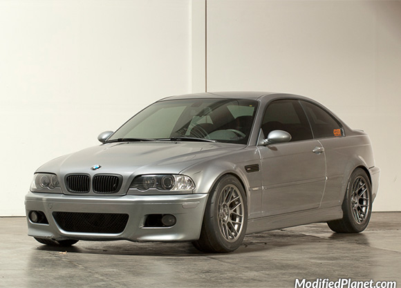 car-photo-2004-bmw-m3-17x9-5-apex-arc8-wheels-35-offset-275-40-17-nitto-r-compound-tires