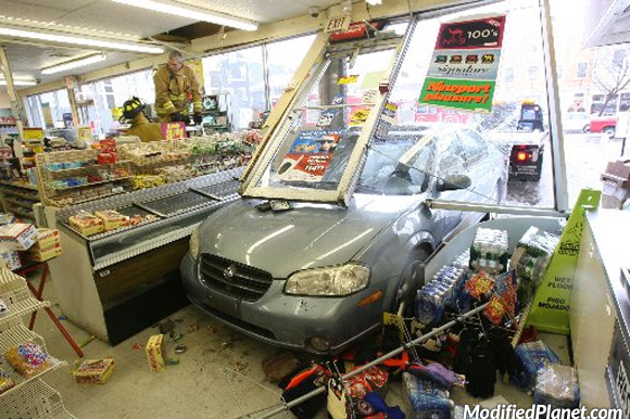 car-photo-2004-nissan-maxima-drives-into-convenience-store-fail