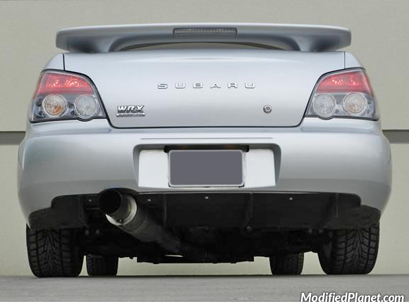 car-photo-2004-subaru-wrx-hks-hi-power-exhaust-system