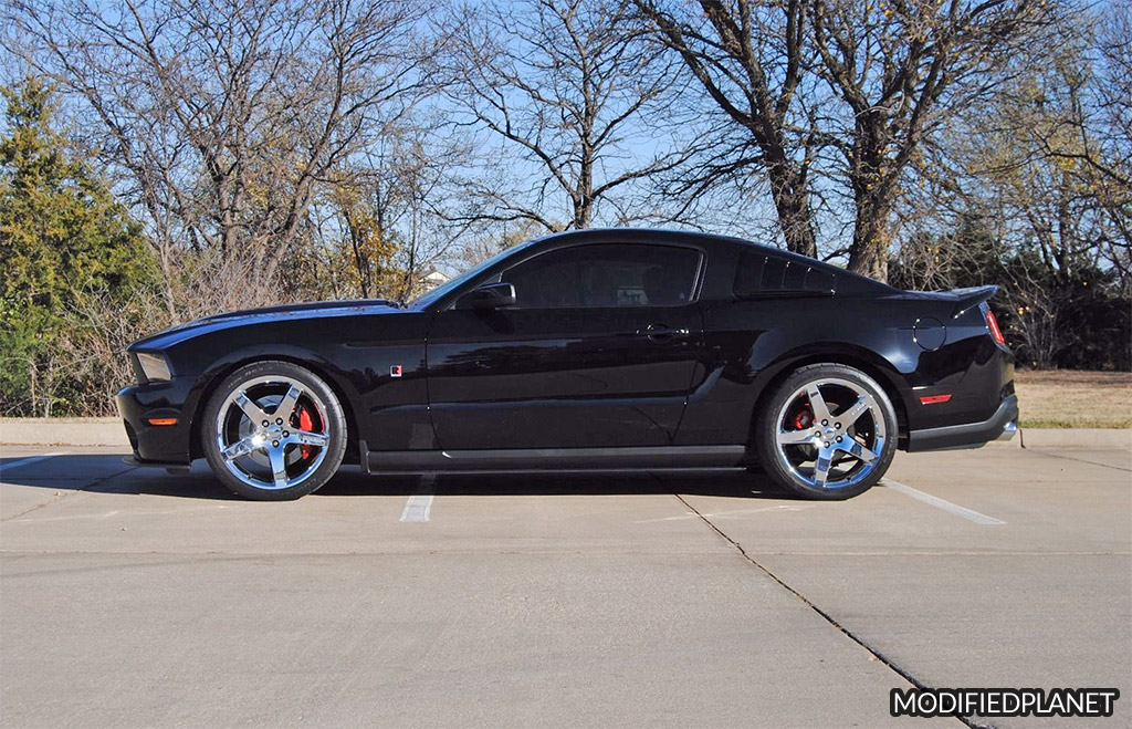 2010 Ford Mustang GT with Roush Suspension Kit