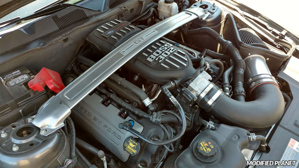 2013 Ford Mustang GT Steeda Proflow Cold Air Intake and Boss 302 Intake Manifold M-9424-M50BR